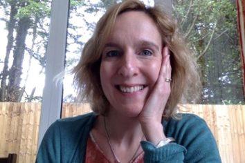 #24 Mathematics goes virtual, with Professor Rebecca Hoyle